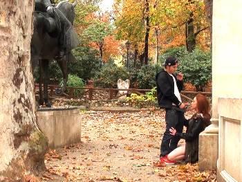 Turista catalana en Madrid descubre los encantos de la capital de la mano del gato Dimas.